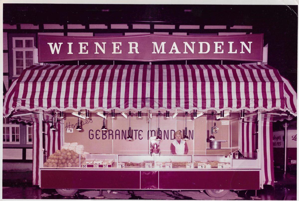 Wiener Mandeln Verkaufsstand